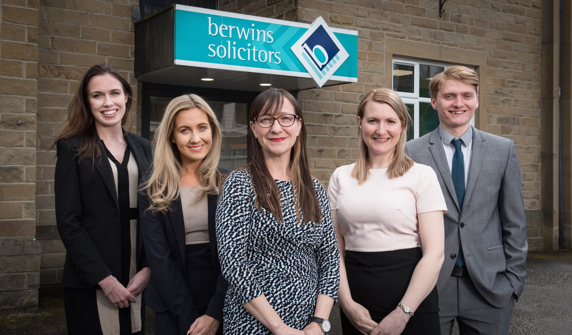 Trainees L R Charlotte Carroll Lily Lynch Sarah Smith Md Sarah Gregory Chris Langford Lres